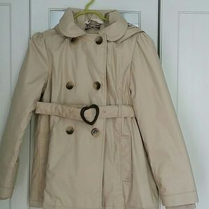 H&M GIRLS TRENCH COAT, SIZE 7-8 NWOT